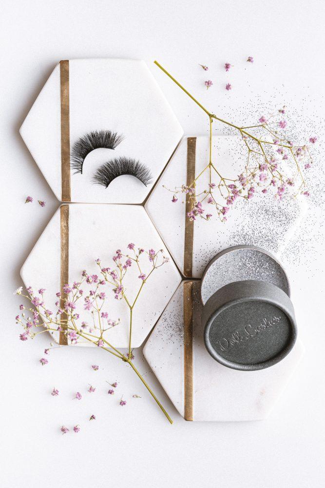 Produkty w kobiecym stylu- Envee, Doll Lashes